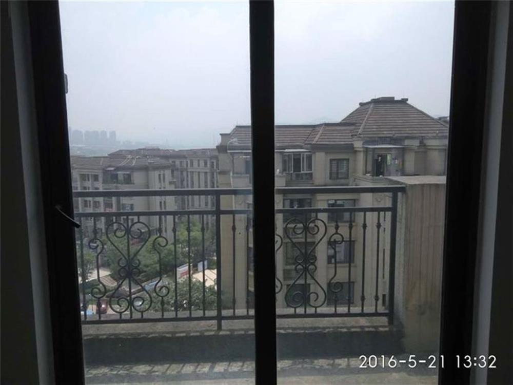 龙湖江与城5期(熙溪地)-阳台