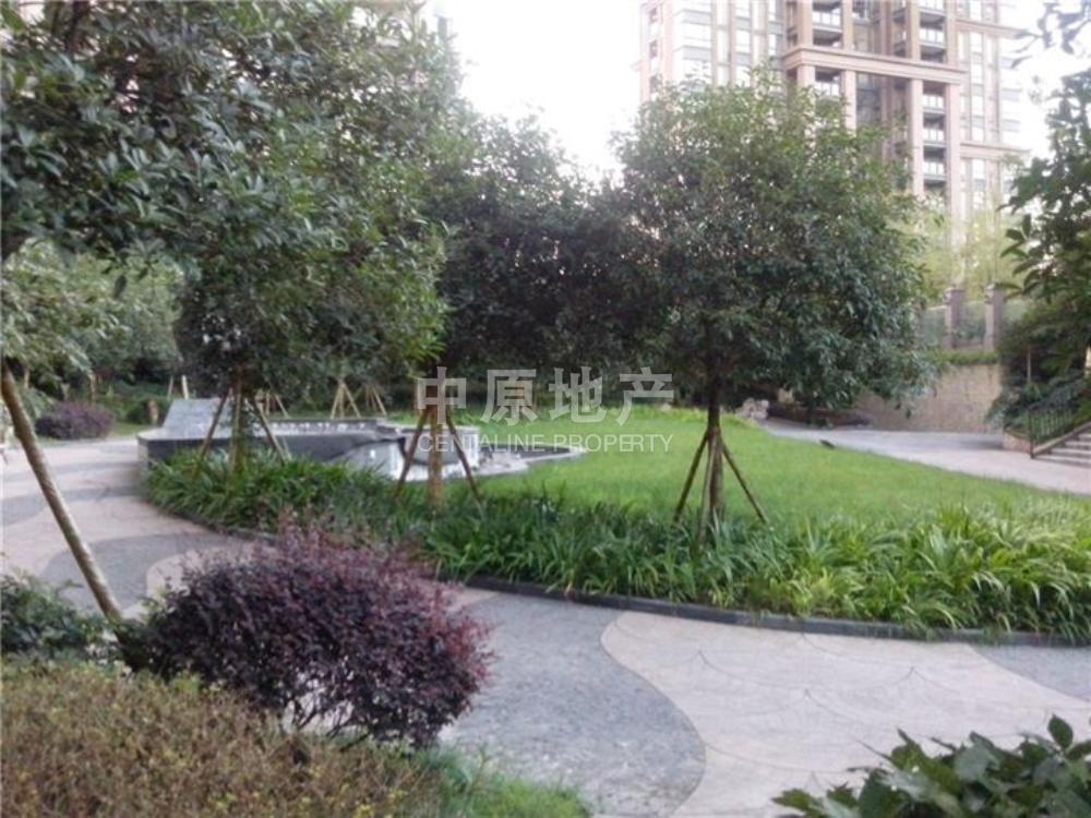 绿地勃朗廷-花园